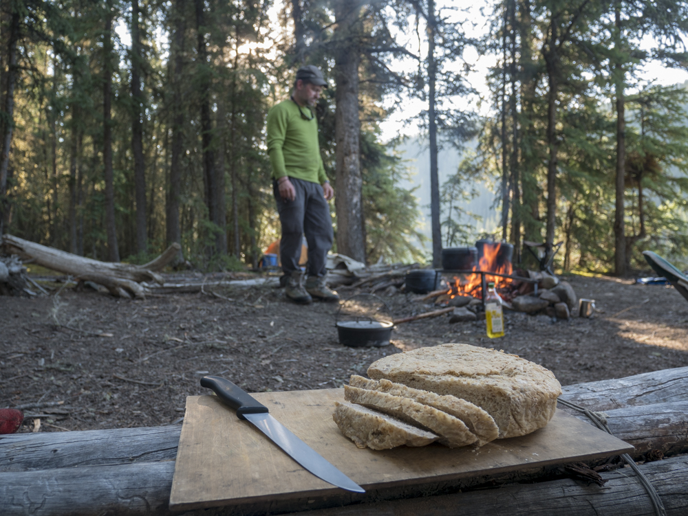 Brot am Campingfeuer